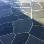 Skiffer används framför allt som golv. Ytan kan antingen vara finslipad/polerad eller klovyta. Klovyta innebär stenen är delad utmed skiffrets naturliga klyvning.